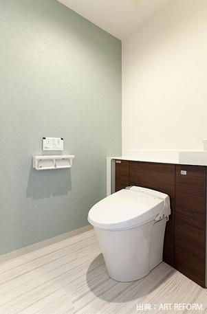 トイレ壁のクロス使用例